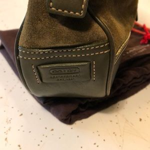 Coach suede hand bag with dust cover